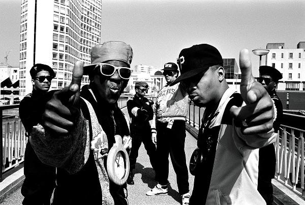 Flavor Flav e Chuck D., do grupo de hip hop norte-americano Public Enemy